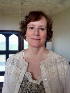 Jeanne Martin Headshot